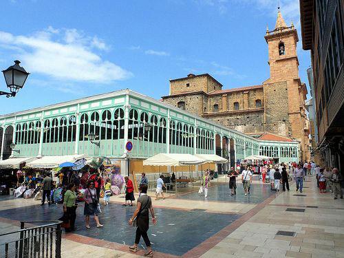 Plaza mercado de abastos Oviedo
