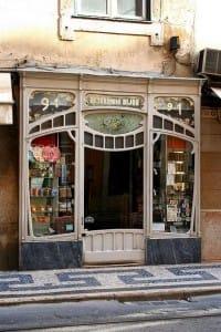 comercios que conservan su fachada antigua