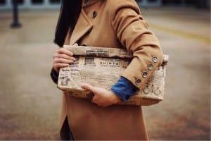 bolsas de papel usadas como bolsos