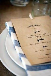 bolsas de papel como menus de restaurantes