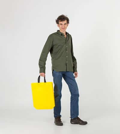 bolsa de tela amarilla laminada