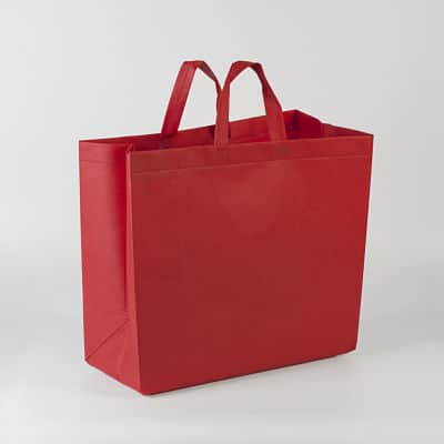 bolsa roja gigante