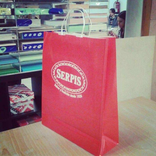 Fabricación de bolsas rojas