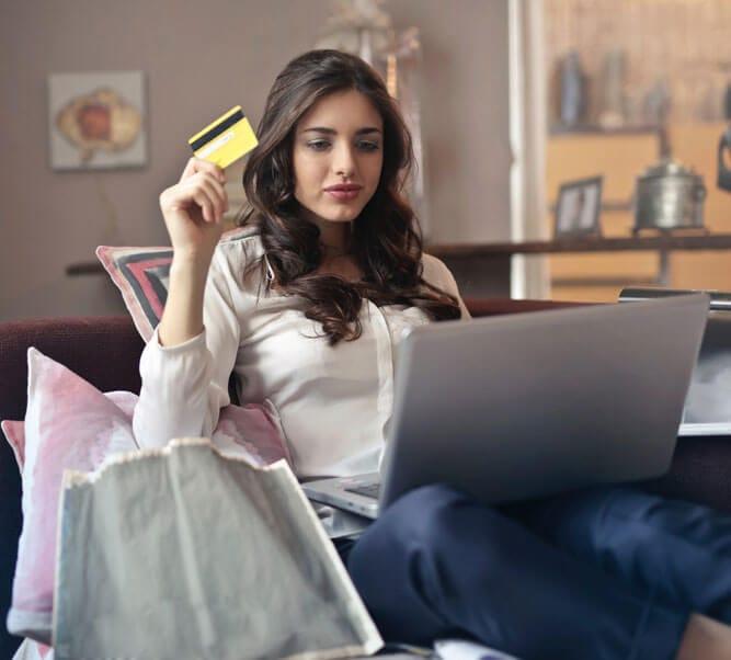 cómo abrir una tienda online de ropa