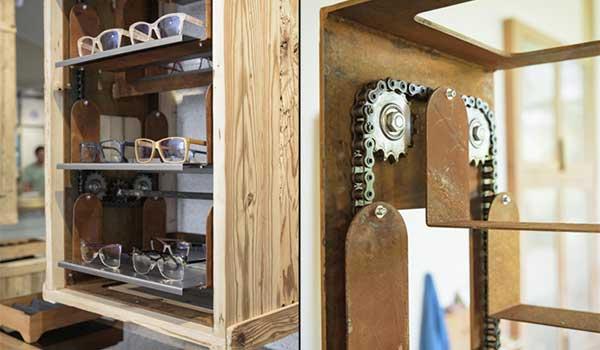 display-de-madera-y-metal-para-gafas