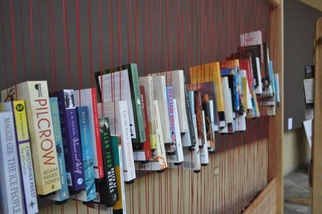 organizar una librería de manera original