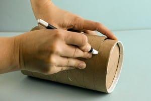 marcos de fotos hechos con rollos de papel higiénico