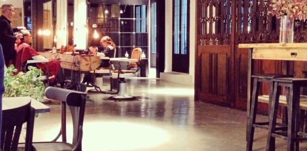peluqueria y cafeteria negocios híbridos